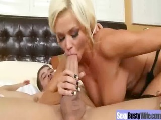 hawt hot busty d like to fuck love to ride hard