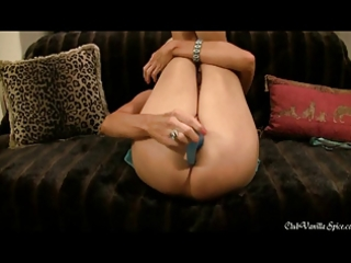 d like to fuck plays with her new double