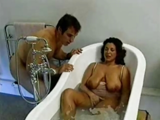 marvelous mother with saggy love melons