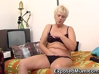nasty mama feeling hot playing part7