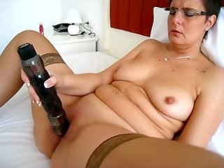mature whore and her large toy