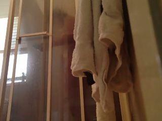 peeping on mommy showering with door open