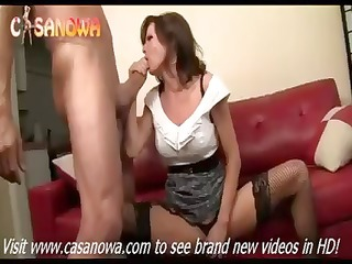breasty hottie veronica avluv is a cougar who can