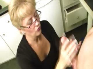 granny comes to a conclusion to milk the lizard