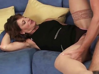 hot d like to fuck hoe sucks her sons allies