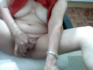 brazilian granny 101 years old - solo