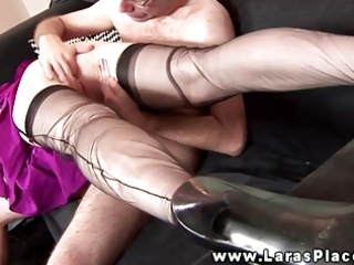 aged nylons oral-service and hardcore