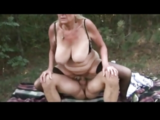 sexy granny fucking outdoor by troc
