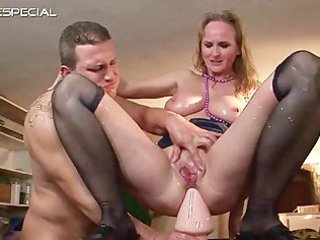 mature mother gets all her holes filled part8