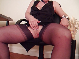 mother i in nylon stockings