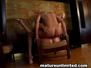 momms booty get fuck very hard