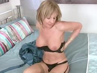 sexy nylons milf desires sex