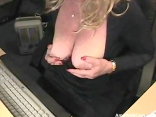 96 years perverted mama silvia plays for webcam