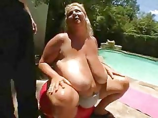 bbw mother i torpedoed outdoors