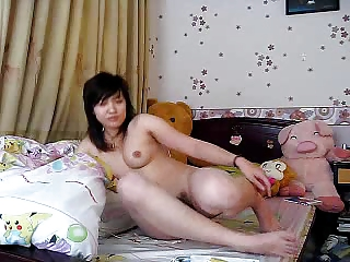 japanese aged likes to jerk off herself !
