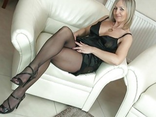hawt blonde mother i in pantyhose uncovers her