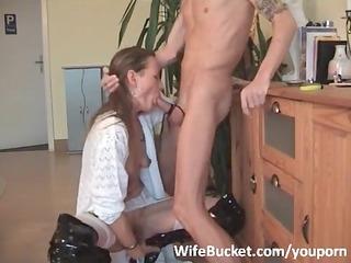 d like to fuck wife hard throat fuck