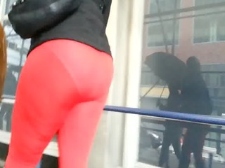 candid square pant booty of nyc