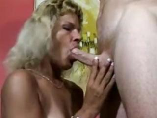aged women love to suck hard dicks and receive