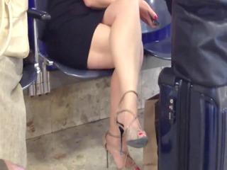 candid hot crossed legs 100