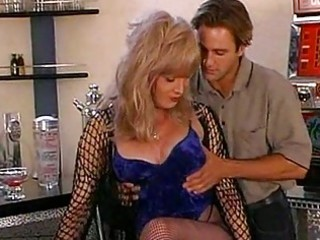 oral-stimulation anal sex with aged hawt ts