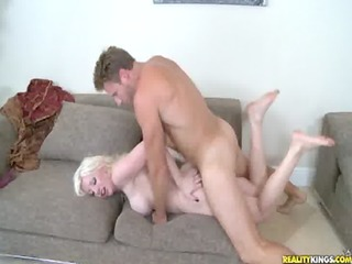 milfhunter levi bangs blonde brit mother i from