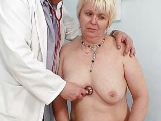 plump blonde mom hairy snatch doctor exam