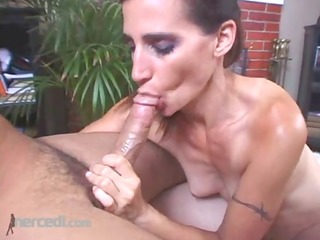 bodybuilder cheri teases and pleases, oral job