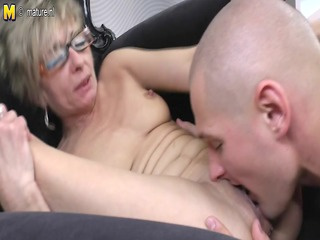 old mature mom acquires screwed by her toyboy