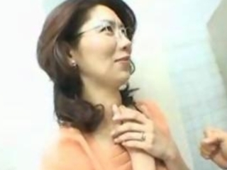 japanese milf screwed in bathroom